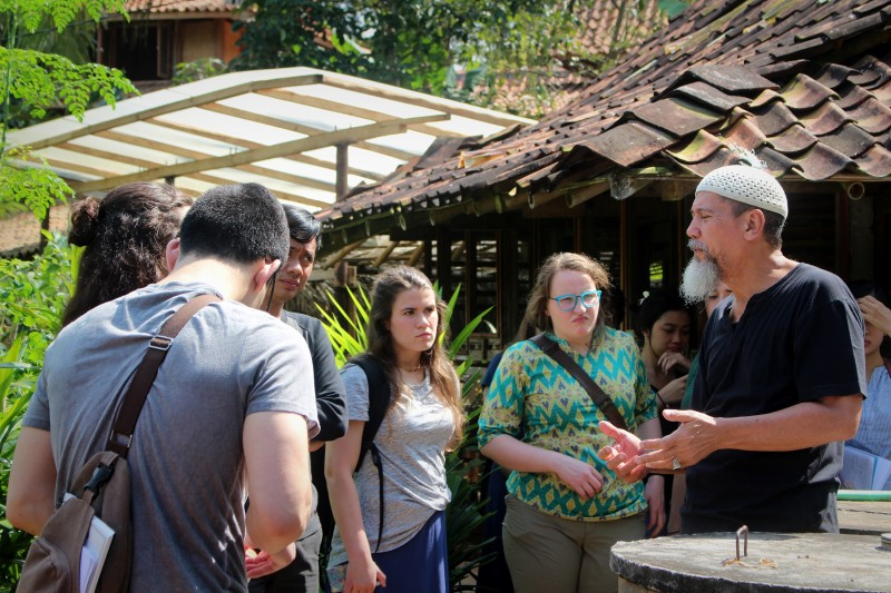 2017 Field school participants discuss Islamic environmentalism at Bumi Langit permaculture farm, Indonesia