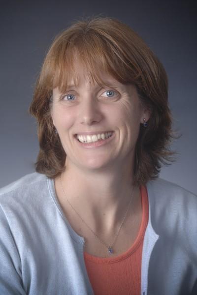 Lynette Claire