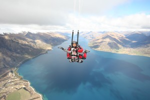 "Honorable Mention - Puget Sound Students Abroad - Sara Lesser ""Sailing in the Sky"" Queenstown, New Zealand"
