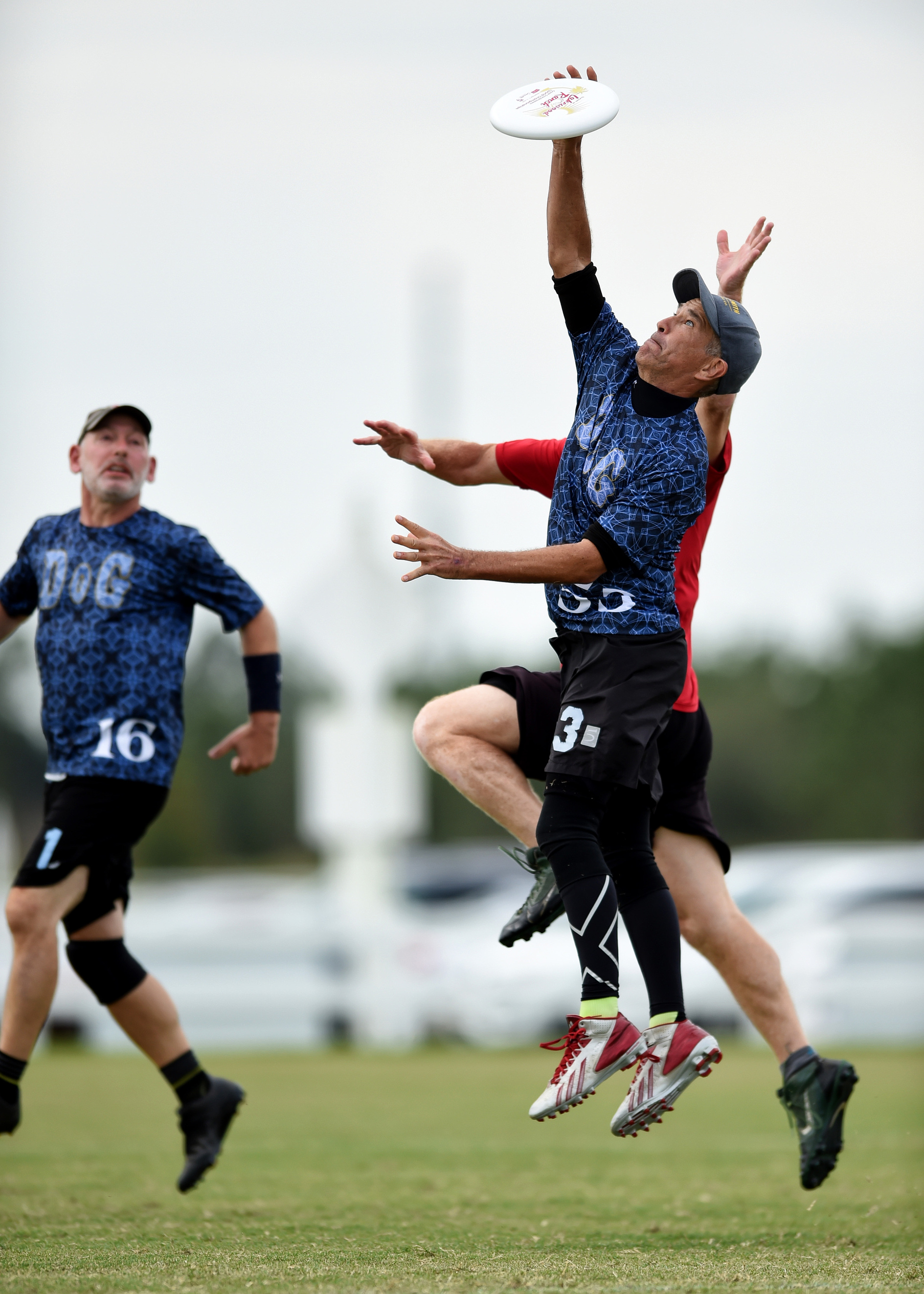 Zemo Trevathan '86 makes the game-winning catch in the quarterfinals match of the Great Grandmasters World Championship ultimate competition in Sarasota, Fla., in November. Zemo and his Boston-based team, DoG Country, won the championship.