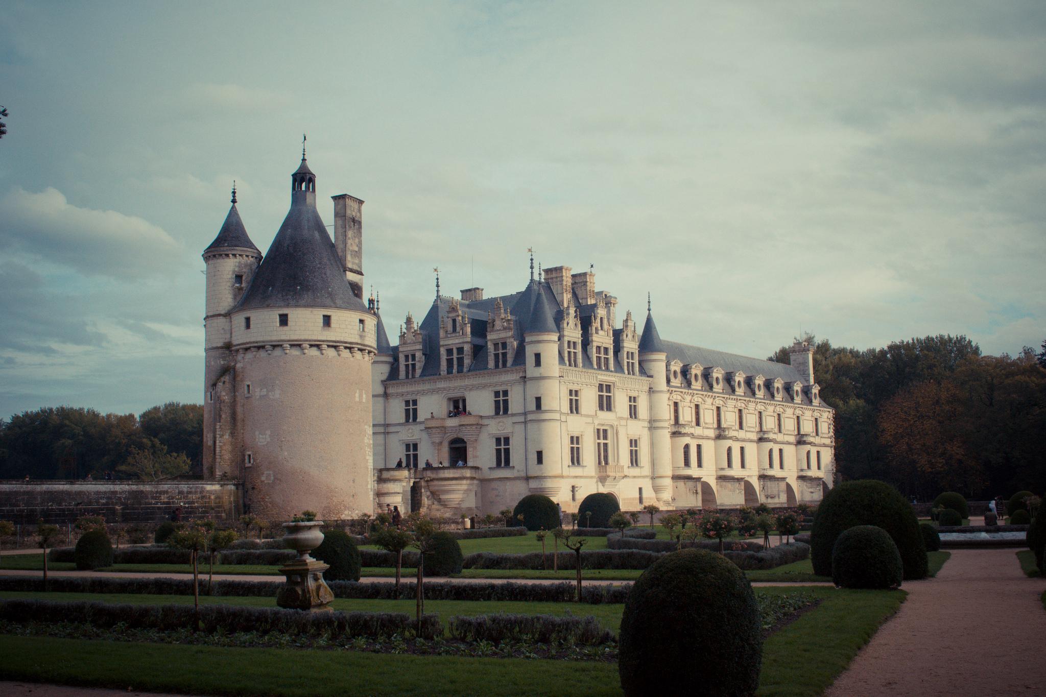 """""""Places"""" - Walker Bohannan (Chateau de Chenonceau, France)"""