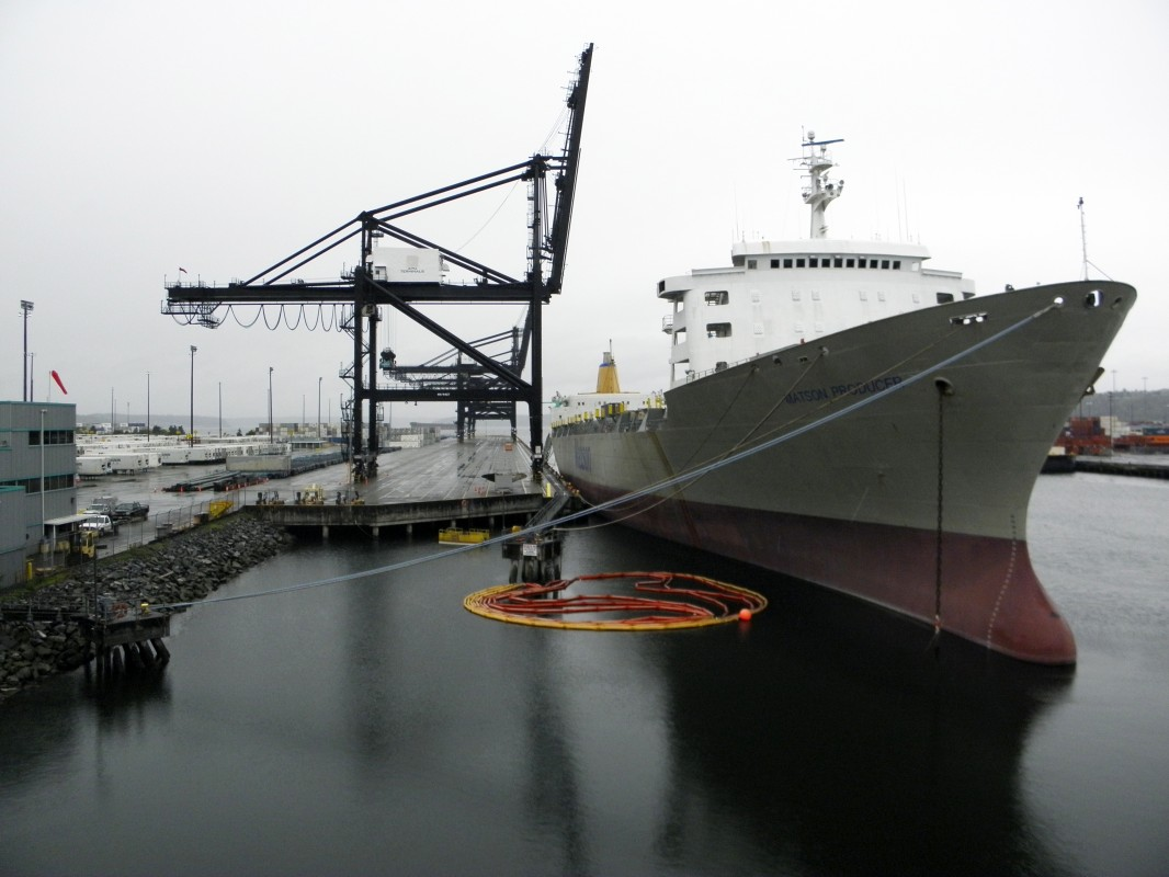 Tacoma Back Pages >> Field trip to Port of Tacoma in photos · University of Puget Sound